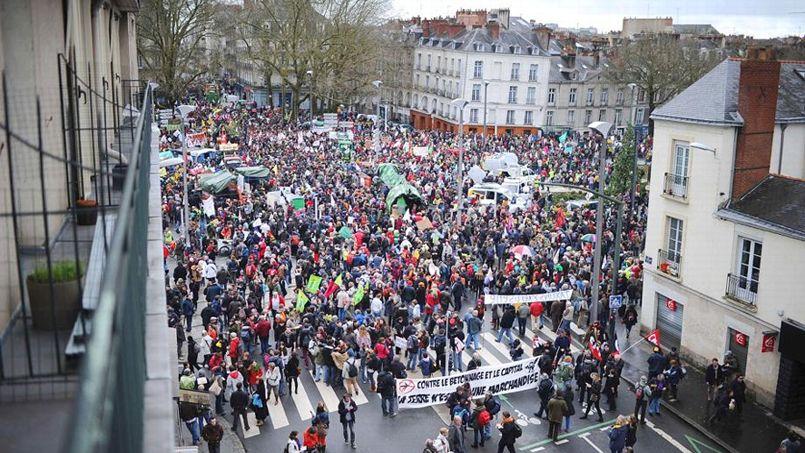 Tüntetés a reptér ellen februárban, Nantes