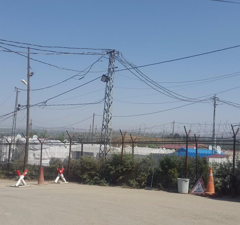 Menekülttábor a szír határ mellett, Buhsin-nál.