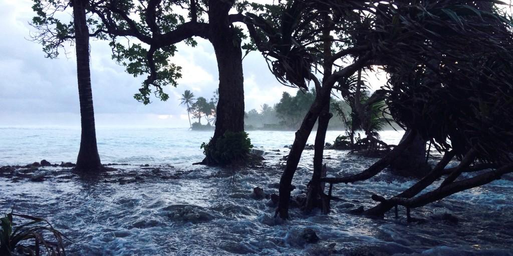 Áradás 2014-ben a Marshall-szigetekhez tartozó Ejit szigetén, Fotó: Giff Johnson / AFP, forrás