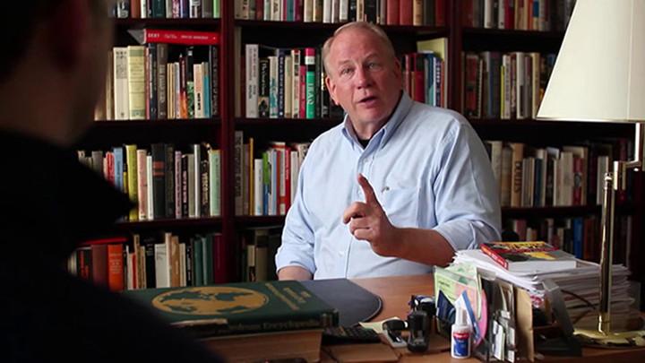 Fotó: F William Engdahl interjút ad az orosz propagandát terjesztő New Eastern Outlook folyóiratnak. Forrás: journal-geo.org