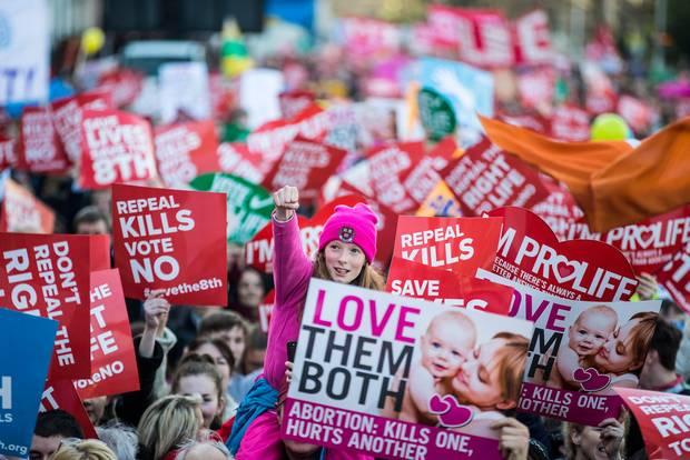 """2018. március 11-én az utóbbi évek egyik legnépesebb Pro-Life, """"életpárti"""" demójára került sor; Fotó: Marc Condren"""