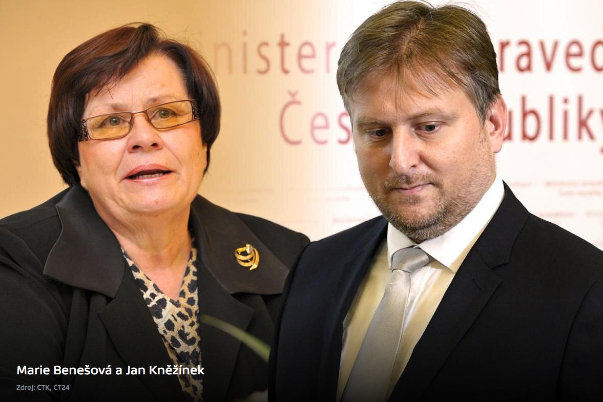 Marie Benešová április 30-án hivatalba lépő új cseh igazságyügyi miniszter, és Jan Kněžínek lemondott igazságyügyi miniszter (jobbra). Montázs forrása: ct24.cz
