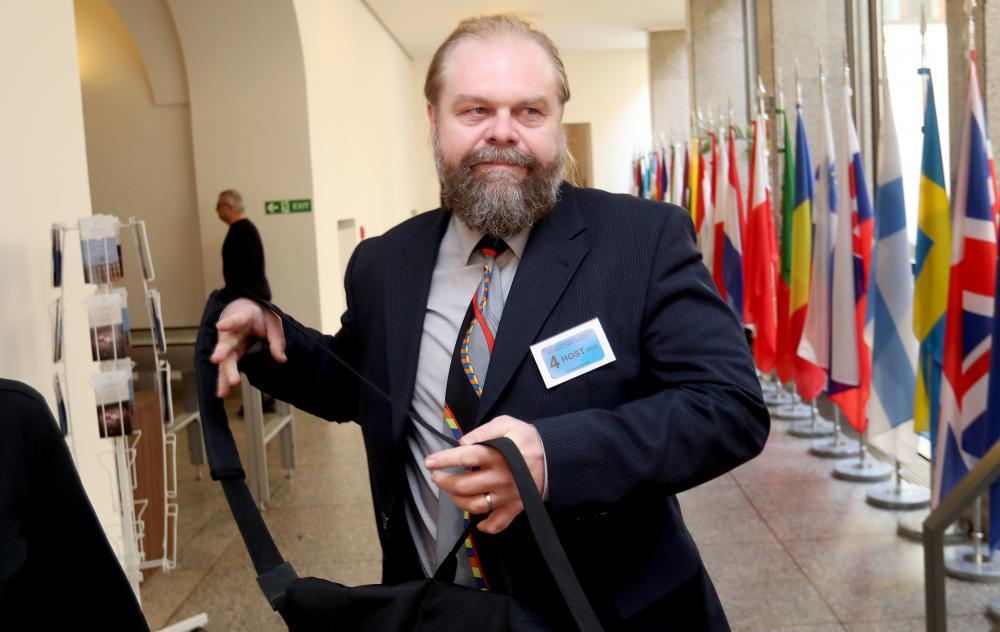 Jaroslav Šaroch a prágai ügyész a cseh parlamentben. Fotó: Michal Šula, MAFRA., irozhlas.cz