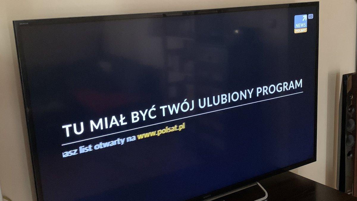 """""""Itt kedvenc műsorodnak kellene lenni"""" - szerdai napon sok lengyel egész nap ennyit lát, ha kedvenc tv-csatornájára kapcsol. Forrás: Twitter, ????? ??????"""