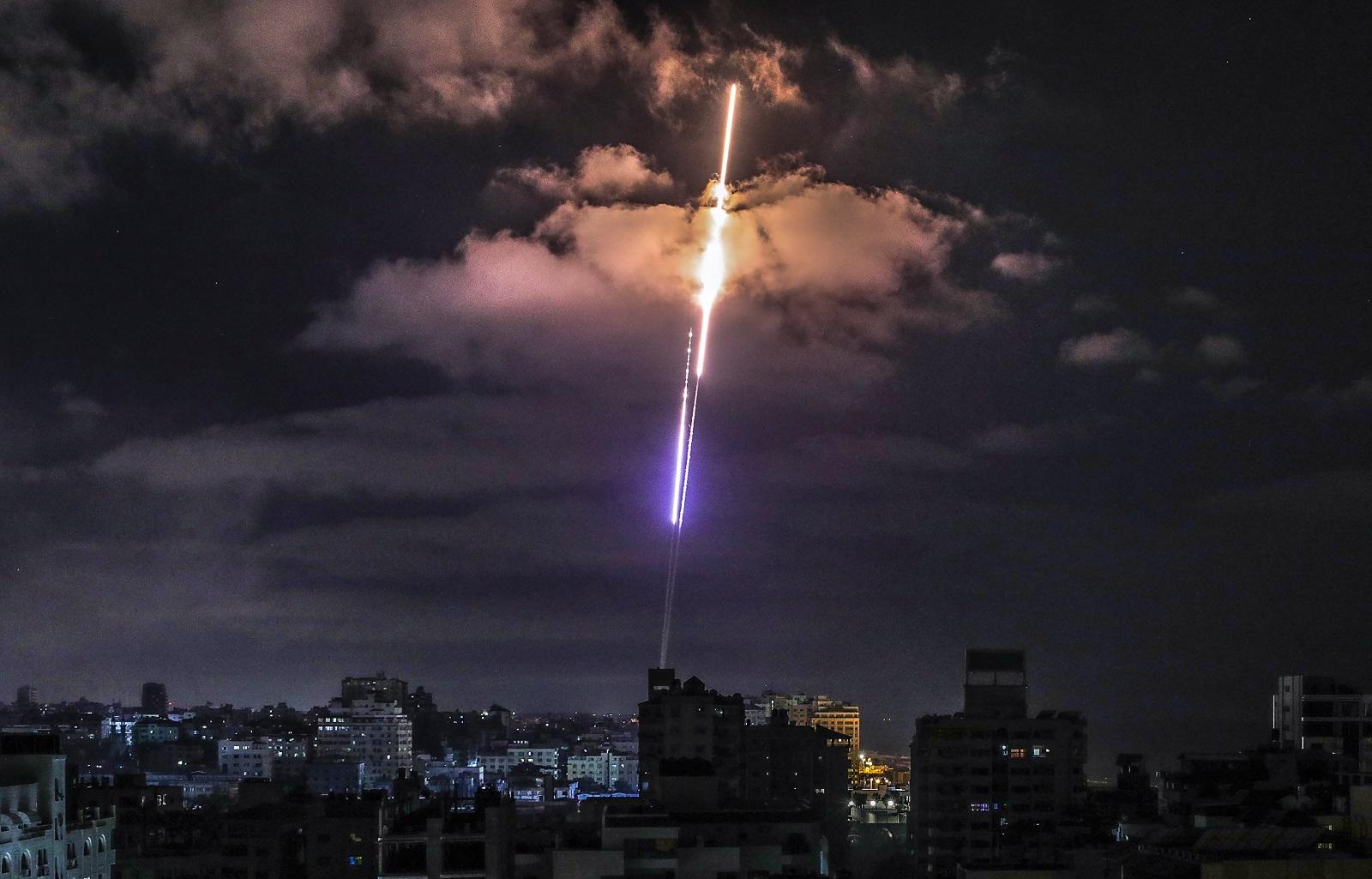 Patt, háború, Ká-Kelet – A konfliktus hatalmi aspektusairól a tűzszünet előtt